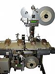 Top/Bottom Split Belt Labeling System